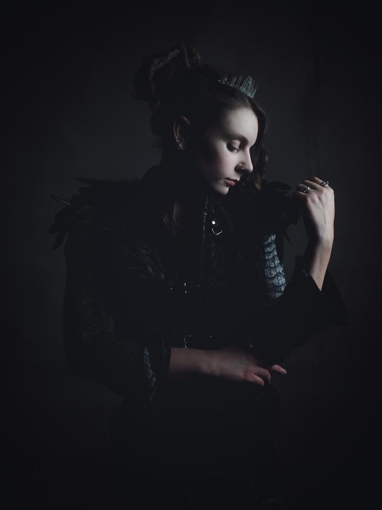 Model: Jacket crown - portrait, photography - darkenergyphotography | ello