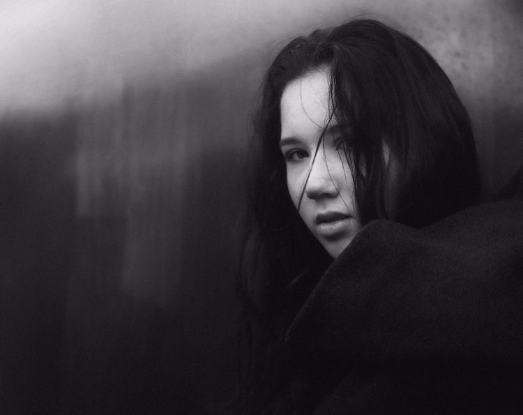 14 - portrait, girl, blackandwhite - klaasphoto | ello