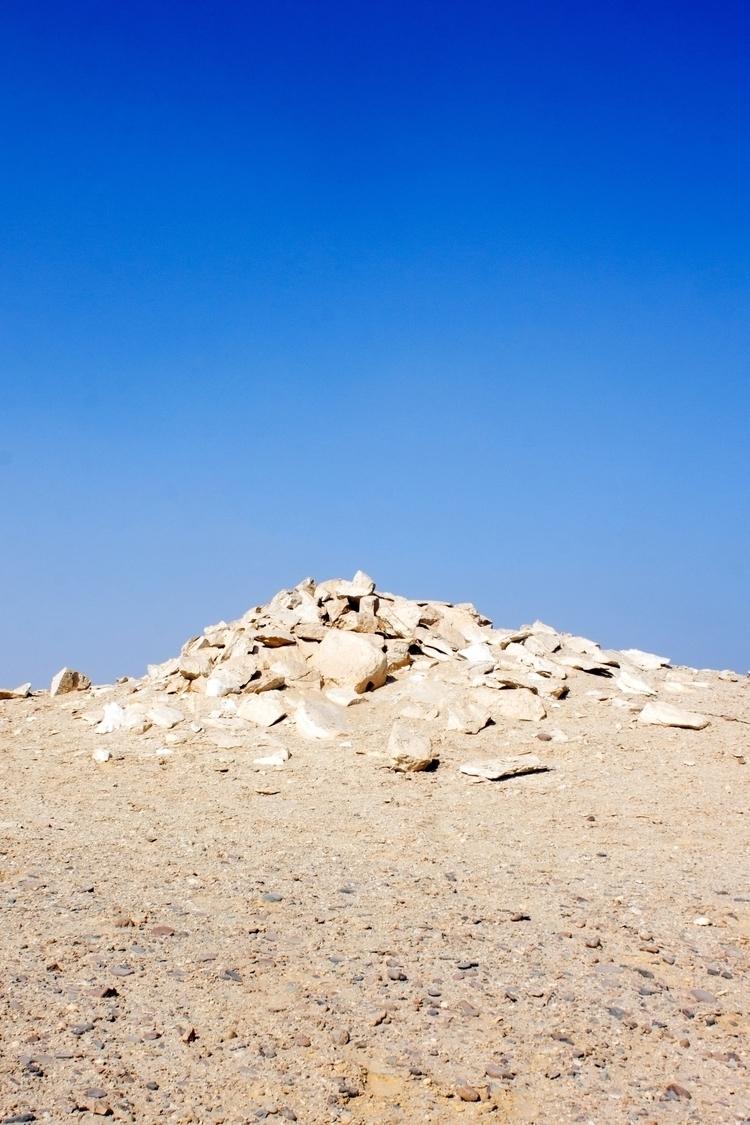 photos necropolis, Dahshur, loc - yasmineyusuf | ello