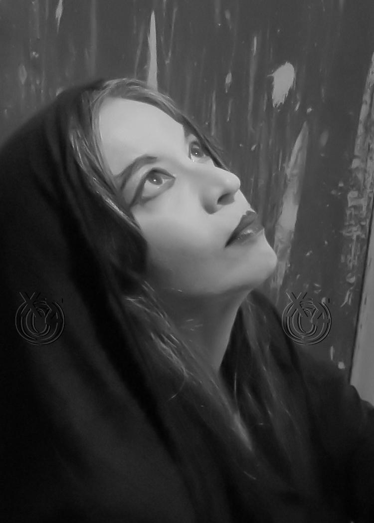 priestess - mystique model: Joh - paraxeno | ello