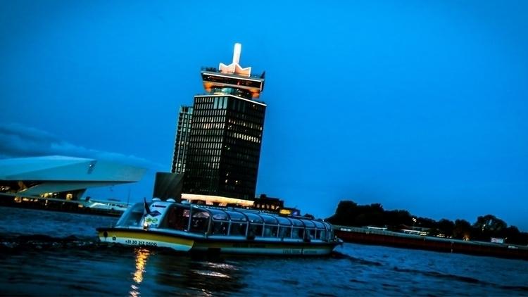 Toren Amsterdam - beelzebubs | ello