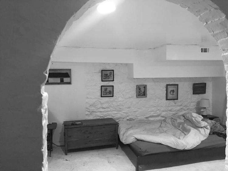 Cozy cavern - richard877   ello