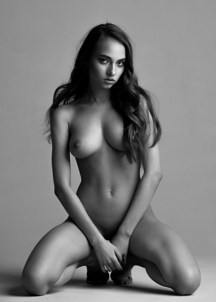 Eastern european babes nude, reya dassex
