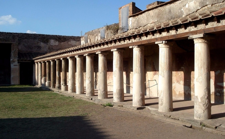 Bath Pompeii, Italy Pompeii 700 - wayves | ello