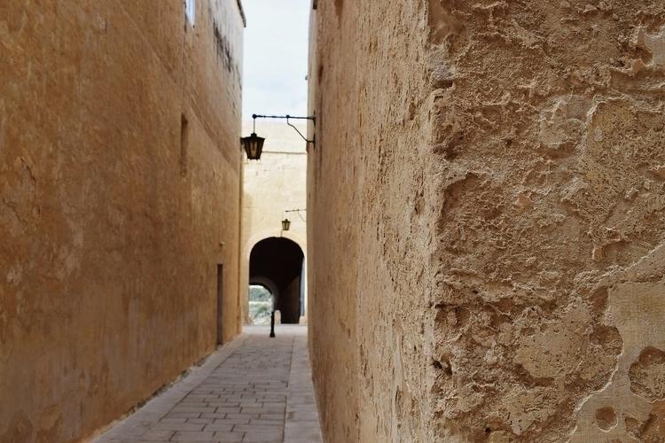 Mina ċkejkna. - Malta - photography - sarahpisani   ello
