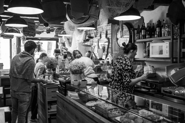 Canaregio, Ghetto, Barco - Travel, - thomasschaekelfotografie | ello