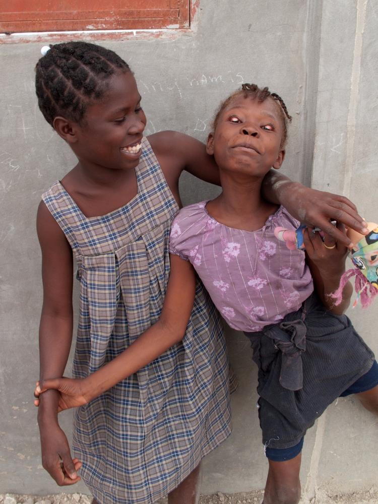 Eyelids, Haiti 2013 - ctyoung | ello