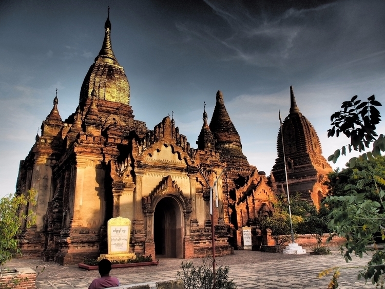 time Bagan cycling local market - vannamhvn | ello