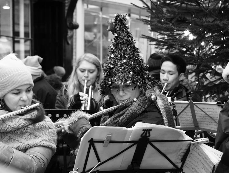 Christmas flautist, Winchester  - neilhoward | ello