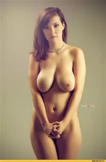 Find photos >&gt - sexslaves - april_loremide | ello