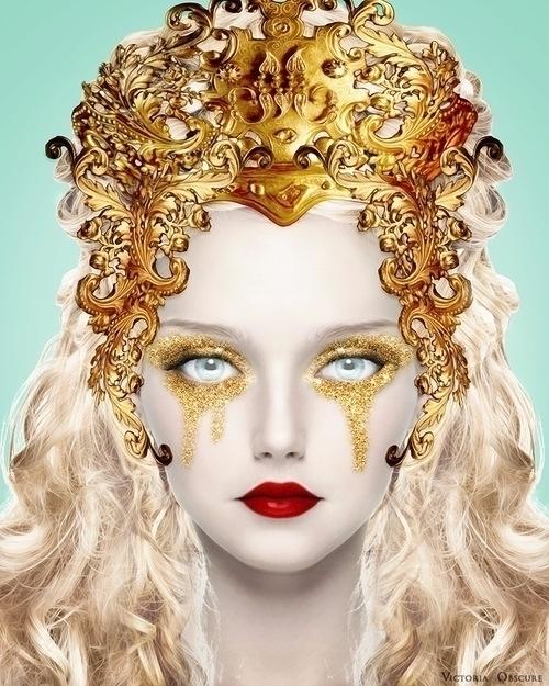 Glitters - victoriaobscure | ello
