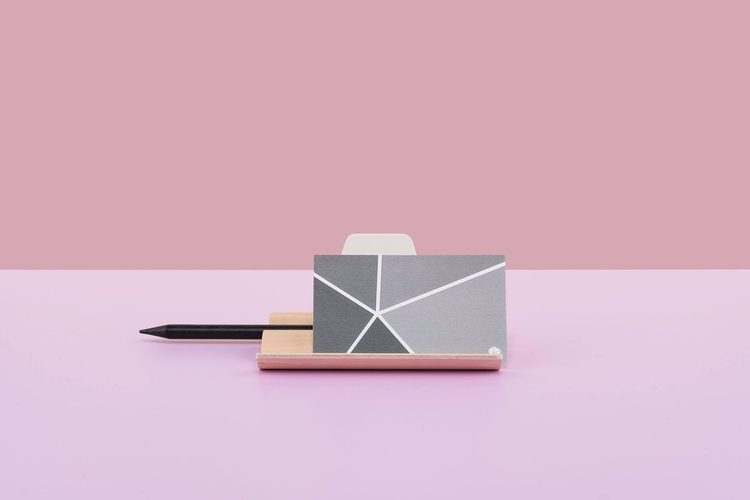 Pretty Pink~ with_ bout - minimalism - studiocorelam | ello