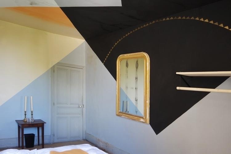 GRAINE DE FOLIE guestroom frenc - maja_hurst   ello