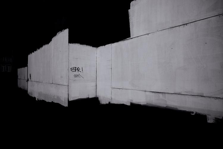62.52 Huy, Belgium - black, white - bigkids | ello