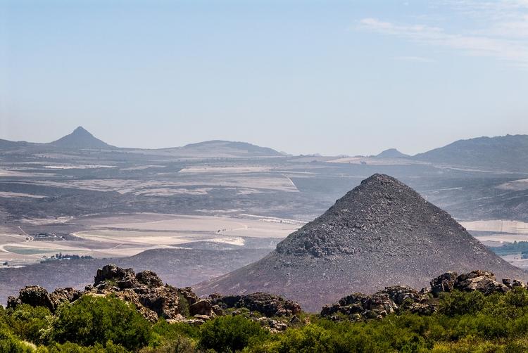 cone mountains guarding rich va - christofkessemeier | ello