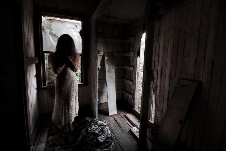 Upstairs Skyler Brown - abandoned - skyler_brown   ello