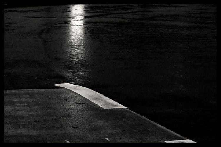 Quiet City - Metaphor - bw, blackandwhitephotography - sselvejer | ello