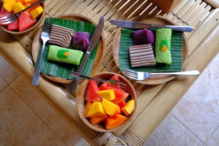 Balinesisches Frühstück mit Rei - weltfarben | ello