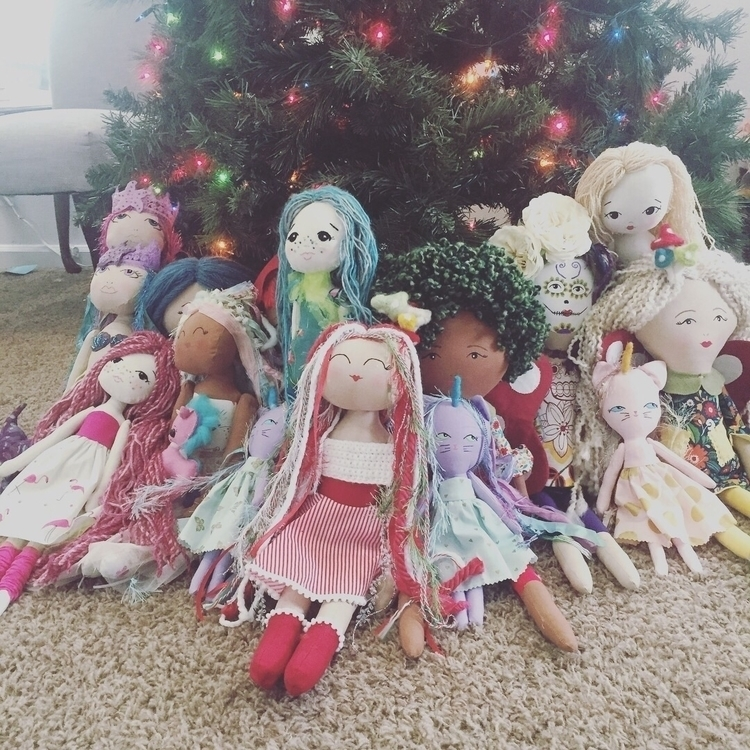 dolls shop! 25 - thesewinglady | ello