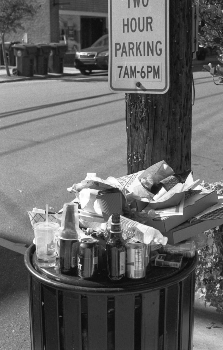 sunday morning...free parking - flaneurity | ello