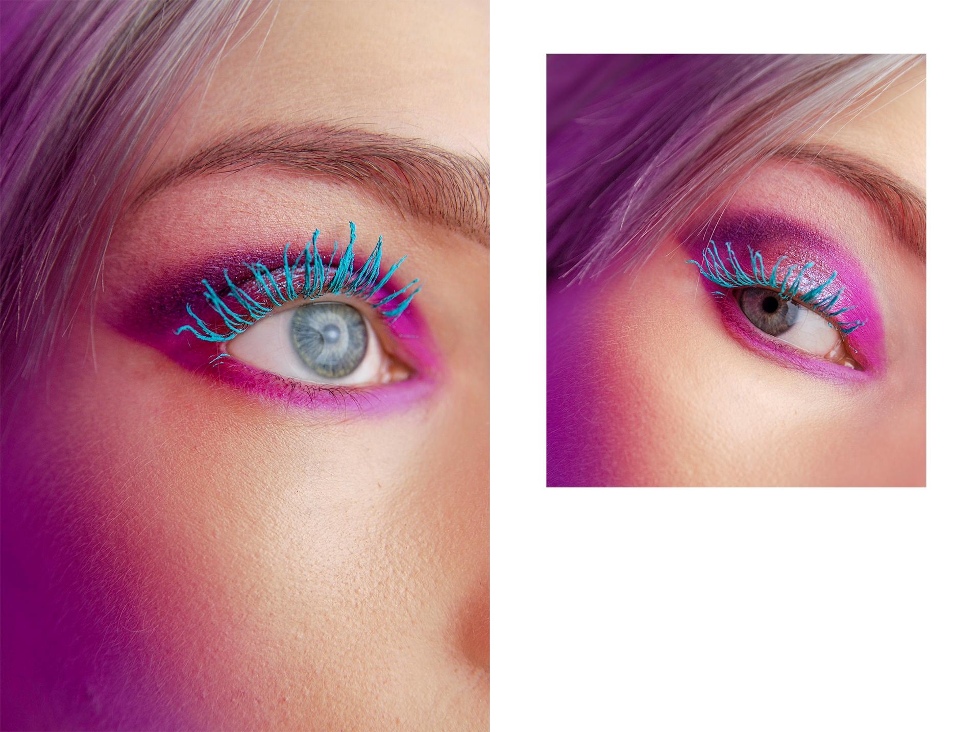Obraz przedstawia dwa zdjęcia lewego oka obok siebie. Oko ma pomalowane rzęsy na niebiesko i z lewej strony pada na twarz fioletowe światło.