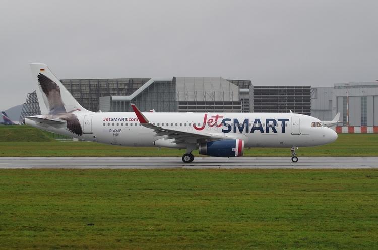Jet Smart A320, 05.12.2017 Hamb - brummi | ello