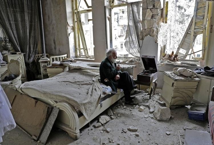 Mohammed Mohiedin Anis, Abu Oma - peligropictures | ello