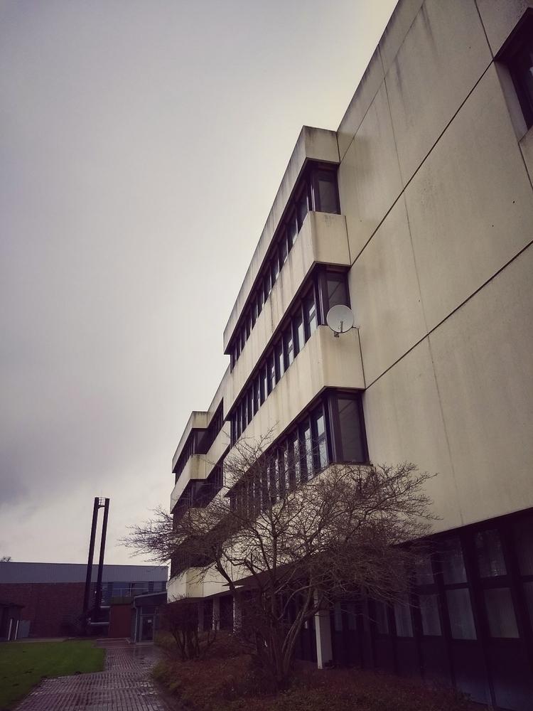 dark morning - architecture, building - claudio_g_c | ello