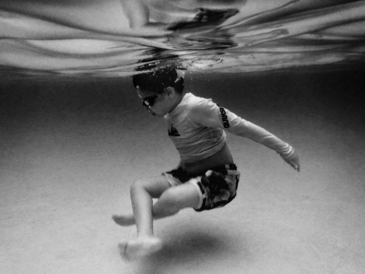 UNDERTHESEA --- shot kiddo) cam - djtakefive | ello