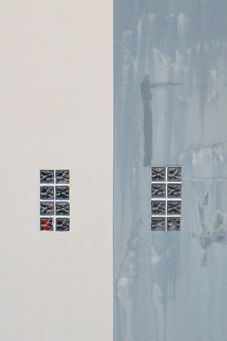 building, minimal, texture, symmetry - efimik | ello