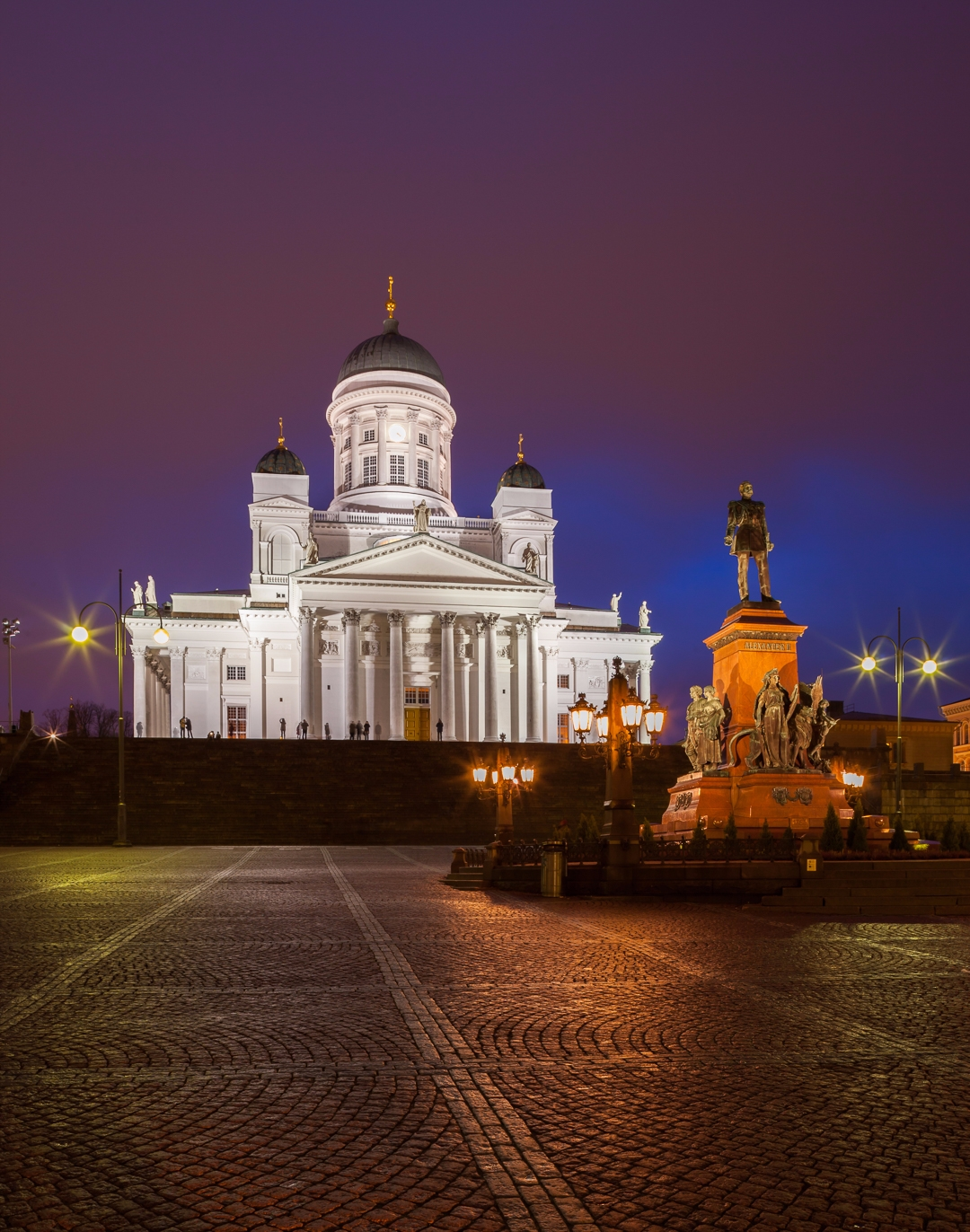 Senate square, Helsinki - photography - anttitassberg | ello