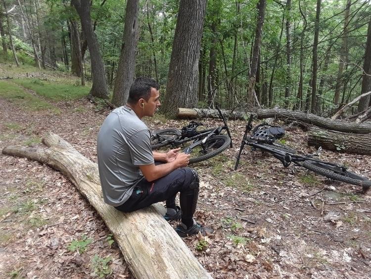 nephew Jose perez mountain bike - findog2 | ello