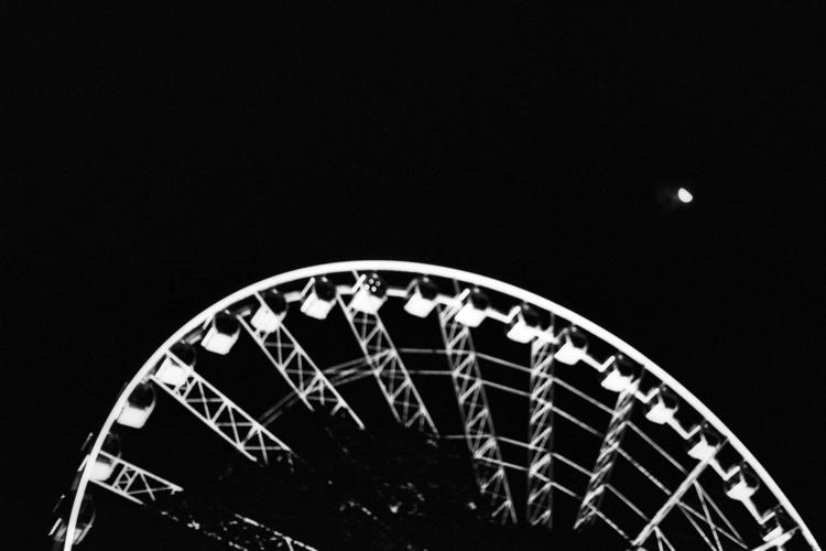 Quarter Moon dedicated Timog Da - dropshot | ello