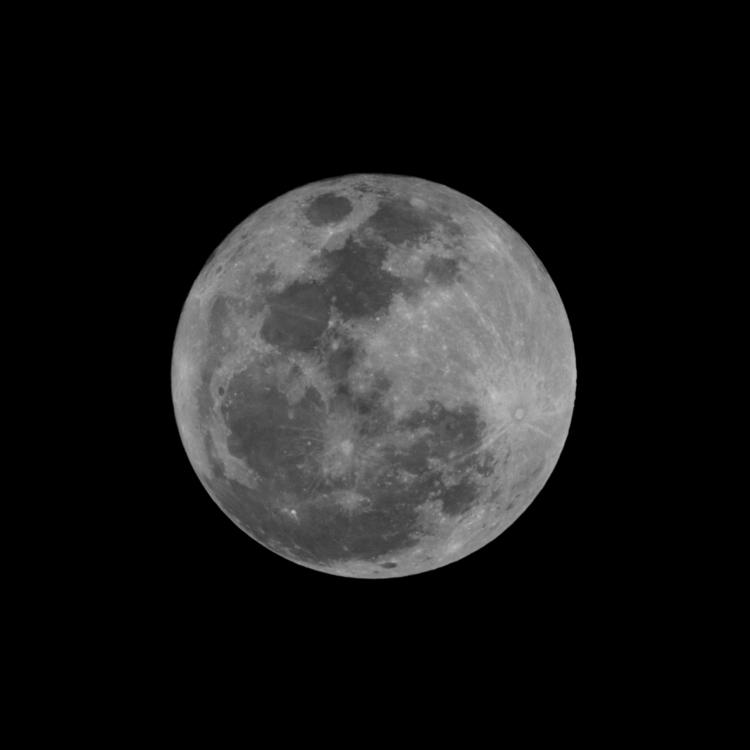 Luna llena del 1ero de enero 20 - jorge_montero | ello