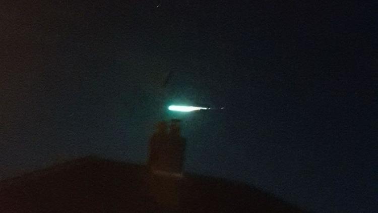 Gran meteoro verde se desplazó  - codigooculto | ello