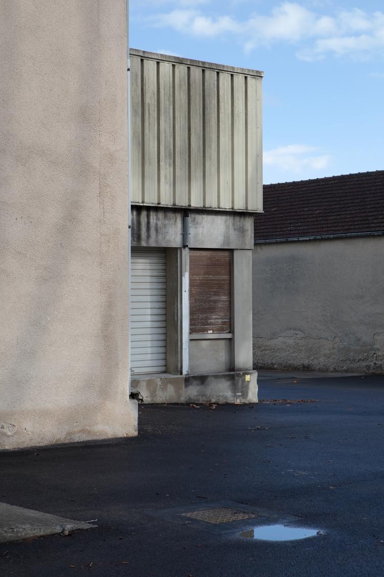 Light Industrial Building, Cucu - odouglas | ello