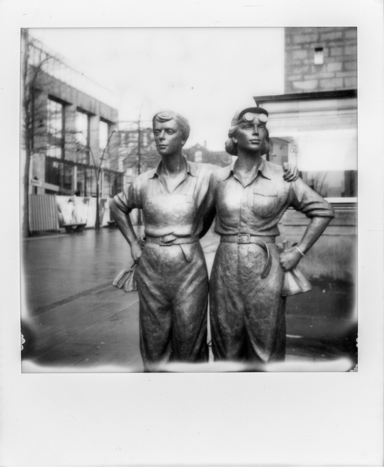 Women Steel - filmphotography, instantfilm - russelljdphoto | ello