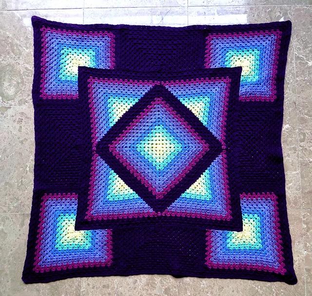 girls ... kaleidoscope crochet  - carlabreda | ello