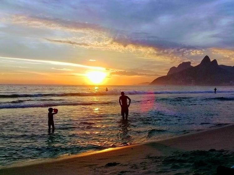 Summer days, 2017 - brazilian, sunset - samillef   ello