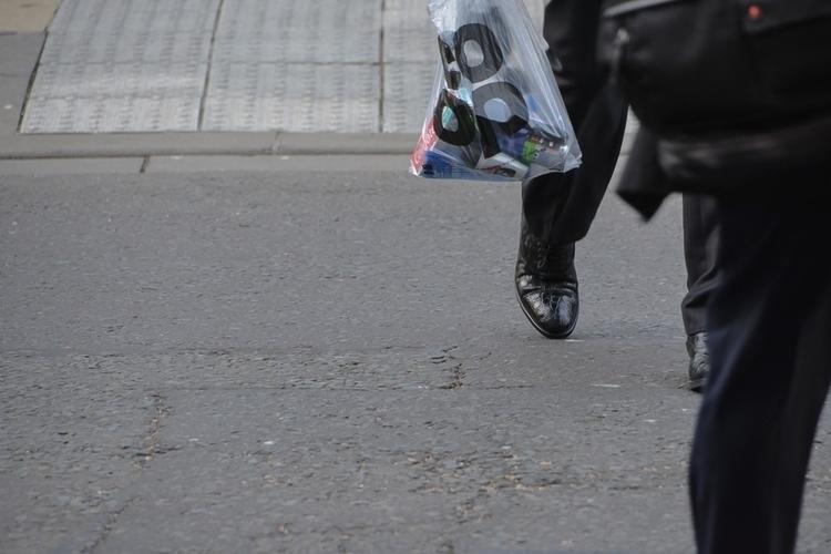 06 | 365 daily pedestrian - thedailypedestrian - myriam | ello