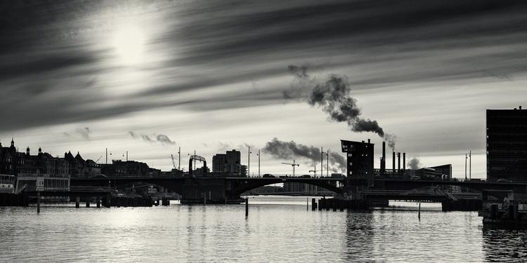 water (Industry - Denmark, Copenhagen - toni_ertl | ello
