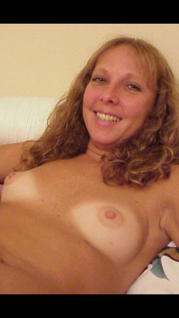Posted permission - nsfw, nude, pussy - mrmanfredjinsinjin | ello