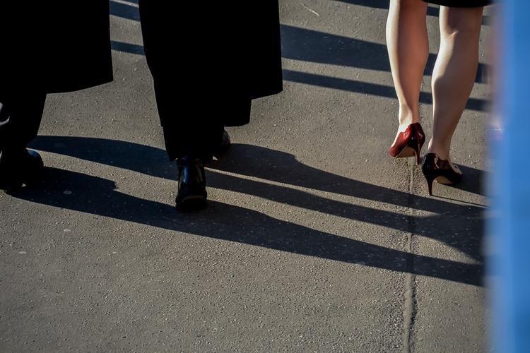 08 | 365 daily pedestrian - thedailypedestrian - myriam | ello