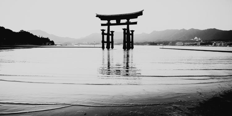giant torii miyajima boundary s - salz | ello