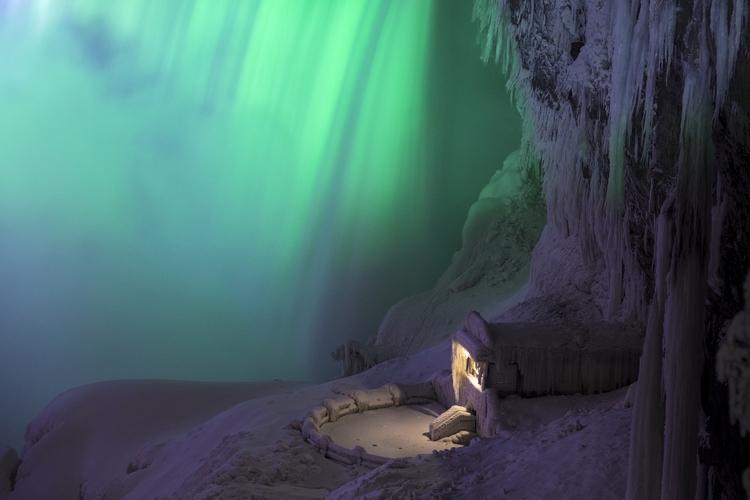 Glow Niagara Fall, Ontario, Can - benroffelsen | ello