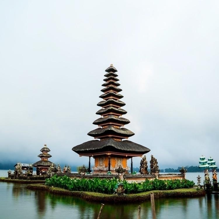 Temple Bali - photography, travel - chaplot | ello