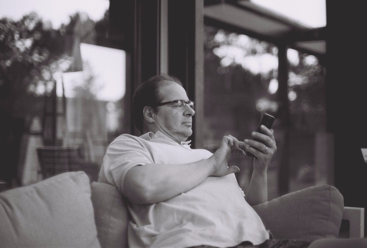Daddy - canonf1, filmphotography - madalenajs | ello