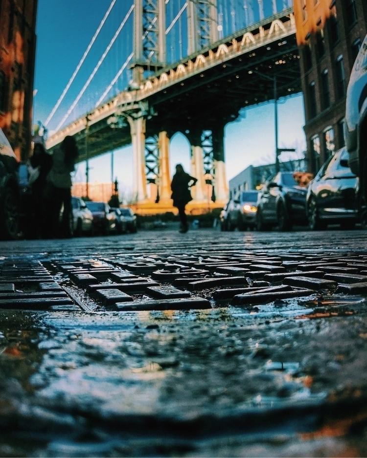 DUMBO, NY - thiskitty   ello