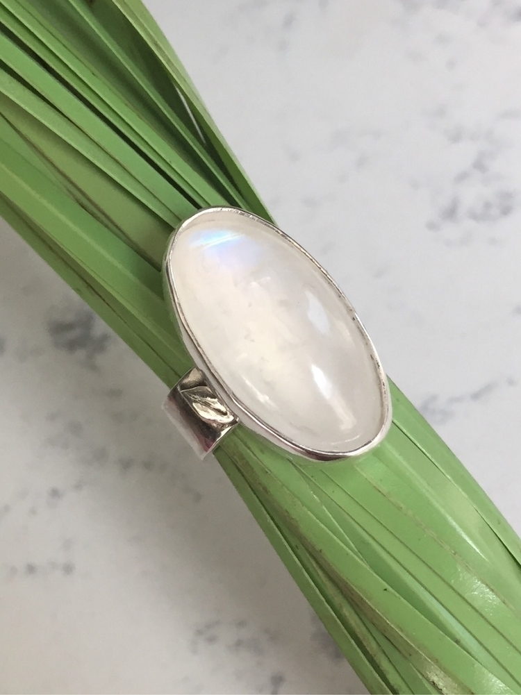 Pretty Moonstone Ring Tiny Leav - bellabychrista | ello