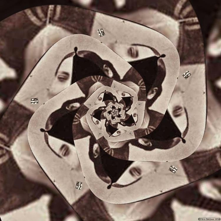 Eyeflower XXVIII (2018). Spiral - retrocollage | ello